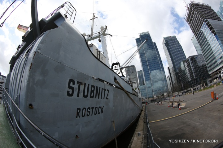 Stubnitz in Canary Wharf(1)-A09A2584-001